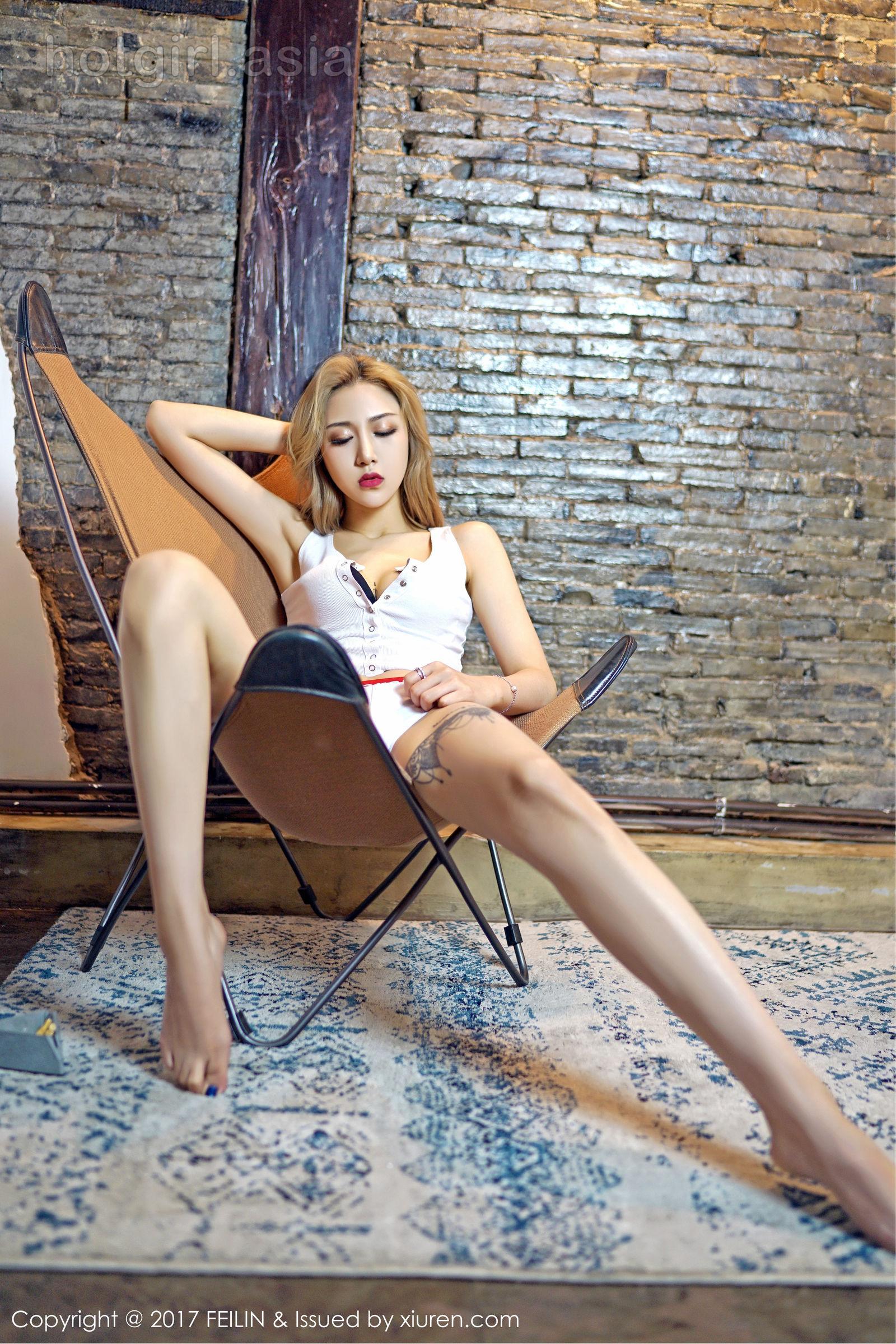 [FEILIN 囲 囡囡] VOL.108 Model @ 晗 大 Via Sexy Set