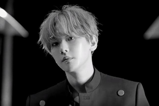 EXOs-Baekhyun-teases-debut-solo-EP-UN-Village-video