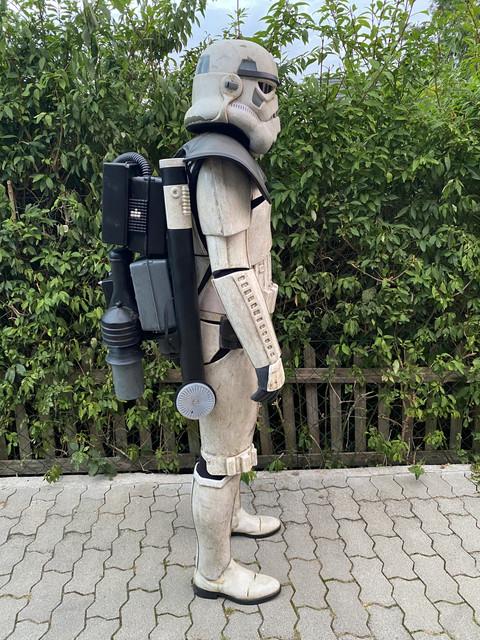 right-backpack-Kopie.jpg