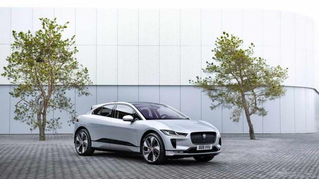 La Jaguar I-PACE EV320 : Une Nouvelle Édition Limitée, Disponible Dès À Présent, Rend Le Passage À L'électrique Plus Attractif Que Jamais Jag-I-PACE-21-MY-Exterior-Indus-Silver-02-06-20-006