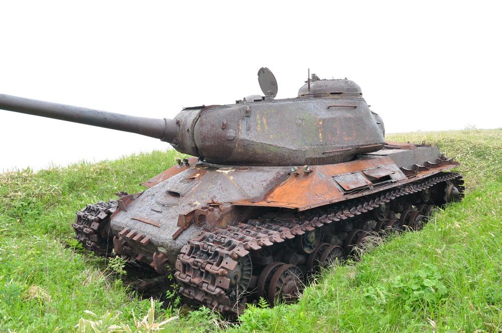 The same tank closer.