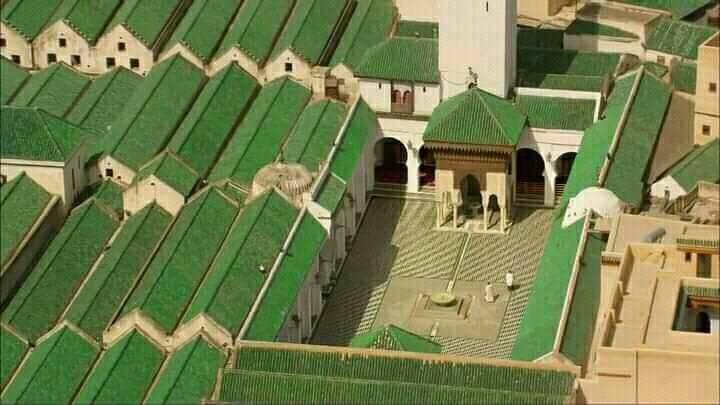 جامعة القرويين ! فخر فاس و المغرب أجمع و المسلمين قاطبة