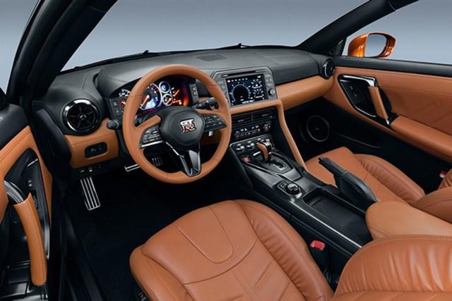 Nissan et le orange: Une histoire d'Halloween  4-W7-P5353-622-source
