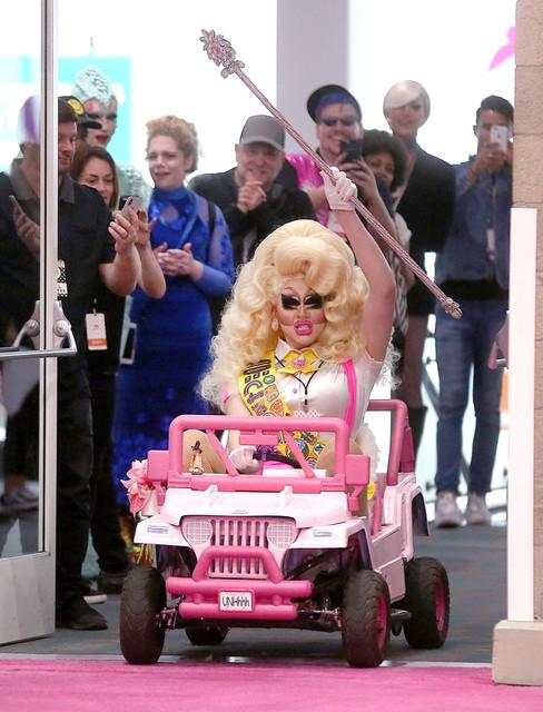Trixie Mattel Arrival 3 Dragcon 05122018 52.jpg