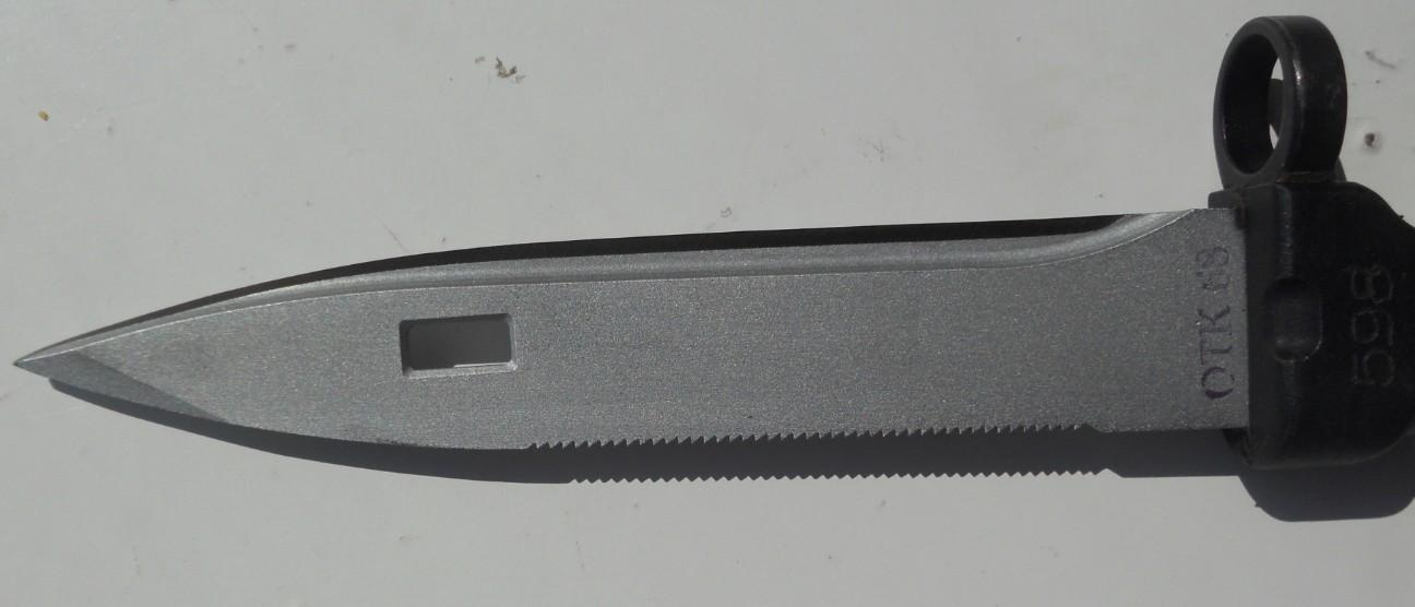 Les Baïonnettes de Kalashnikov. - Page 2 9
