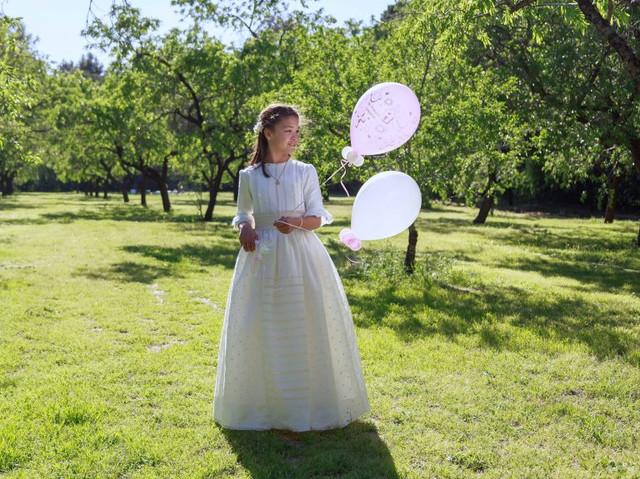 vestidos-de-comunion-especiales-leonor-y-sofia-768x575