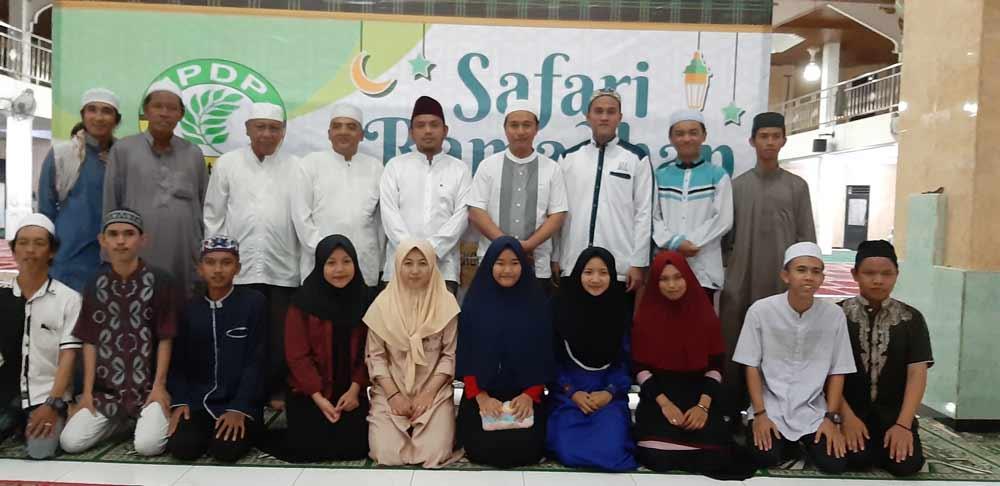 IPDP Berfose bersama dengan pengurus dan remaja mesjid Ash Sabirin.
