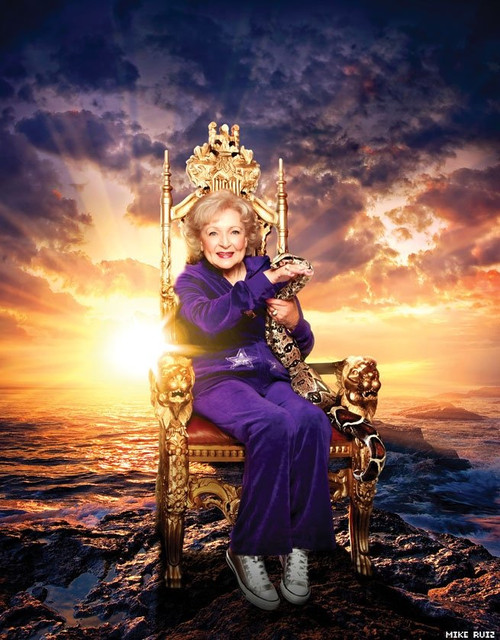 bettywhite-photographed-by-mike-ruiz