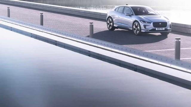 La Jaguar I-PACE EV320 : Une Nouvelle Édition Limitée, Disponible Dès À Présent, Rend Le Passage À L'électrique Plus Attractif Que Jamais Jag-I-PACE-21-MY-Exterior-Indus-Silver-23-06-20-001