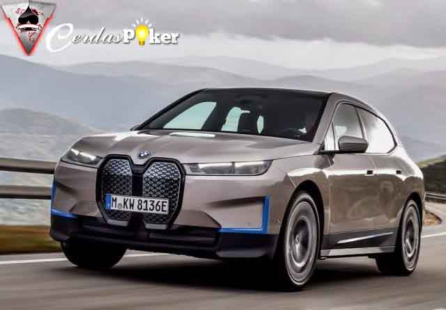 Menengok Keunggulan SUV Listrik BMW iX Penantang Tesla
