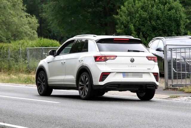2022 - [Volkswagen] T-Roc restylé  6-C99-A72-C-DE0-F-4252-8-B5-C-9-BFB6-F1-E4-D4-D