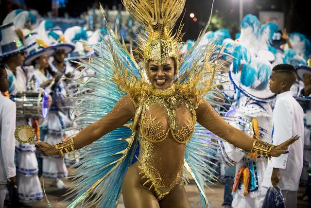 Bianca-Monteiro-2017-Rio-Carnival-Day-2-i-NRYt7r-FAuxx