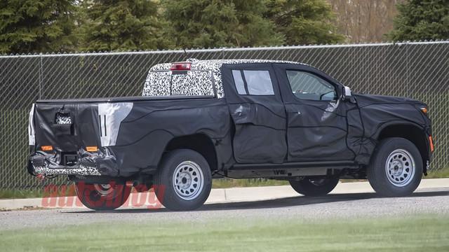 2023 - [Chevrolet-GMC] Colorado/Canyon 2-F0750-E5-6-C50-4-AA8-B755-23-E4-BF363-E52
