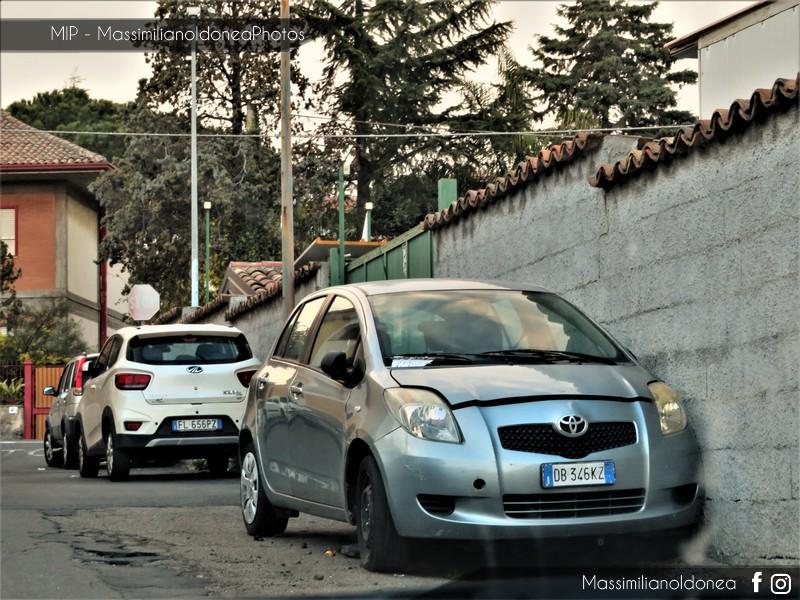 Auto Abbandonate - Pagina 11 Toyota-Yaris-1-3-87cv-06-DB346-KZ