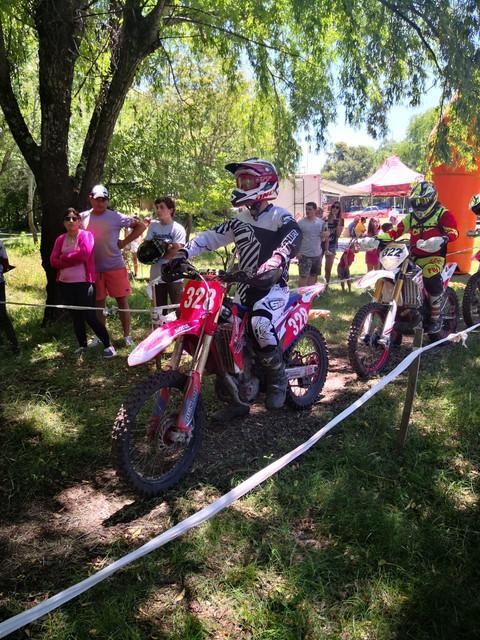 """Deportes Provinciales: Gustavo """"Taty"""" Sturz se consagro campeón en la categoría Master """"B"""" del Enduro Extremo"""