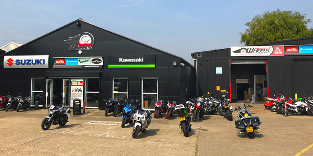 Tips on Buying a New Motorbike Safely & Practically