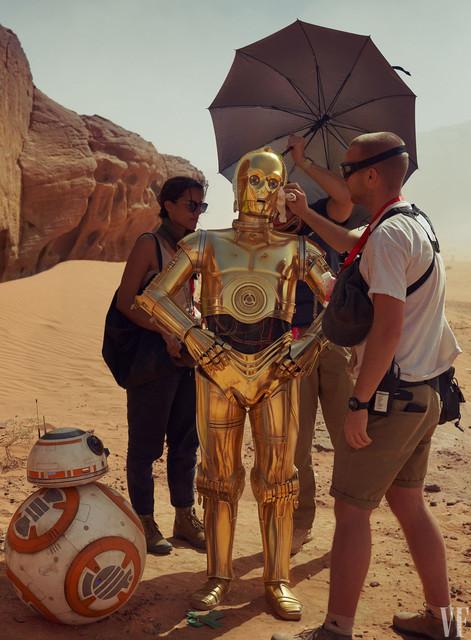 [Lucasfilm] Star Wars : L'Ascension de Skywalker (20 décembre 2019) - Page 11 Xx990