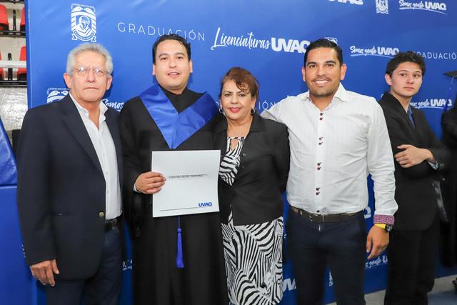 Graduacio-n-Cuatrimestral-107