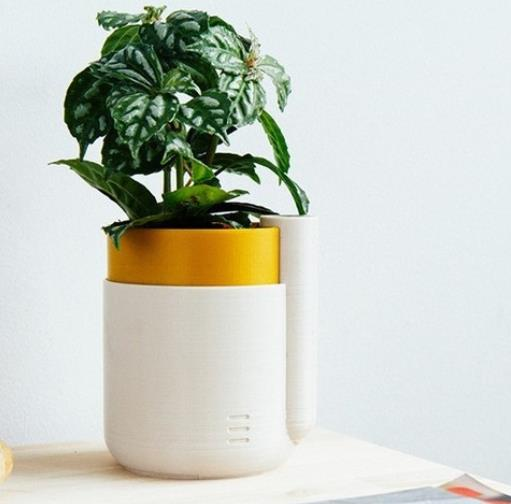 Self-Watering Planter (Small) - Cool Things to 3D Print