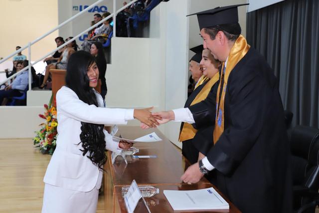 Graduacio-n-Medicina-138