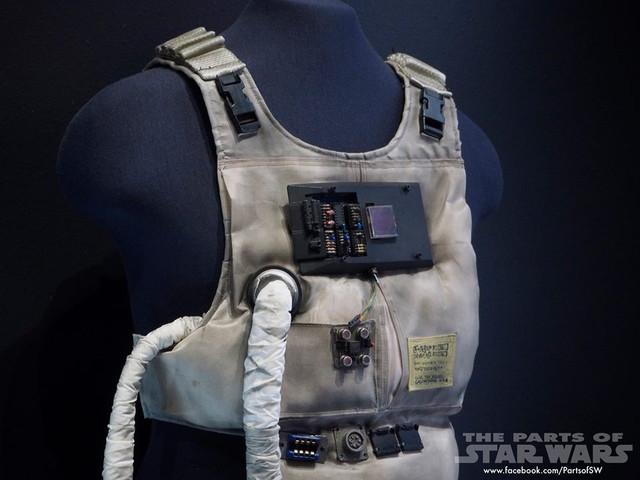 Ywing Vest 3.jpg