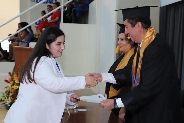 Graduacio-n-Medicina-91