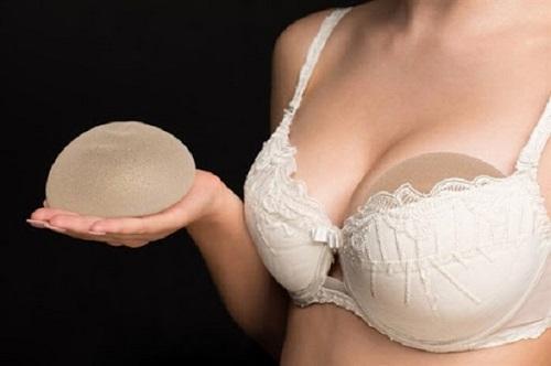 Nâng ngực nội soi có đau không? Bác sĩ tư vấn 27
