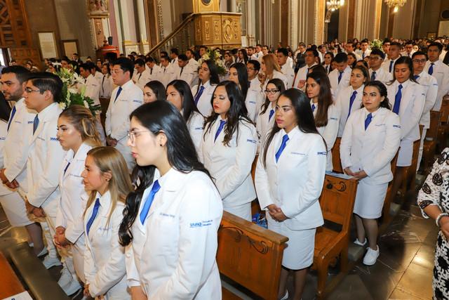 Graduacio-n-Medicina-10