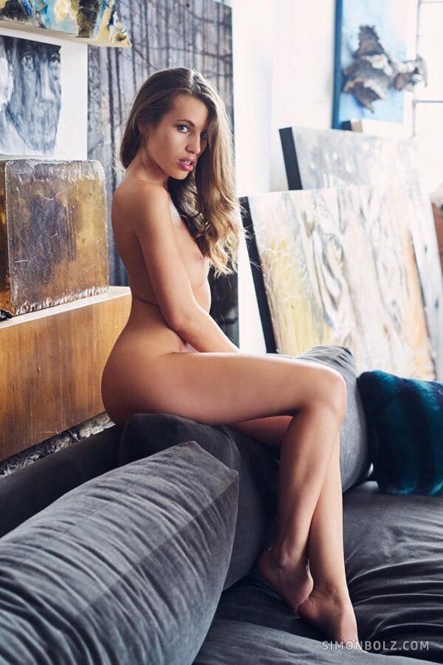Катя - муза эротического фотографа / фото 04
