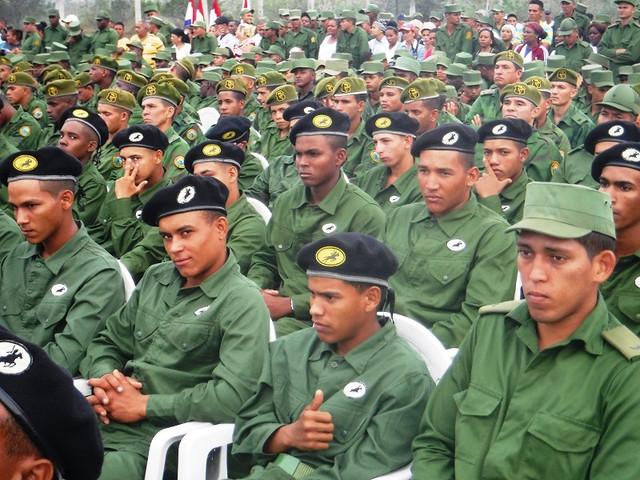Tanker uniform Brigada-de-tanques-ejercito-oriental-foto-carlos-sanabia