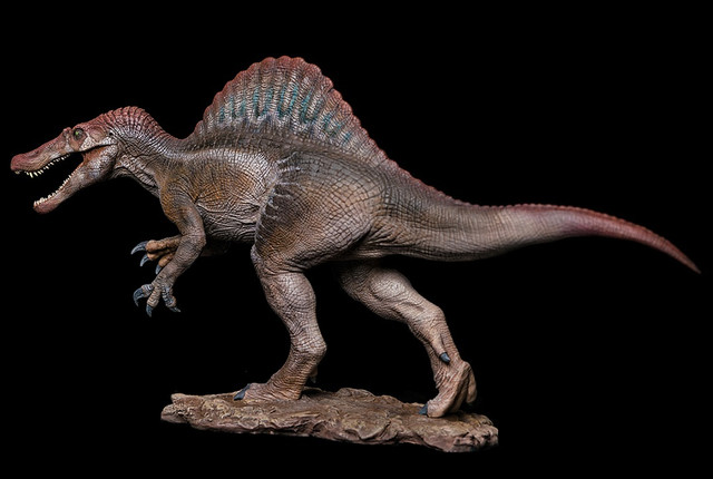 w-dragon-spinosaurus1-06402-1567659441-1280-1280