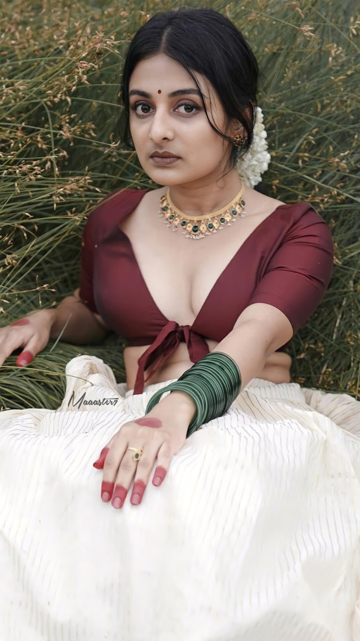 Esther Anil, Esther Anil Latest hot photoshoot, Esther Anil hot photoshoot, Esther Anil Sexy Photoshoot