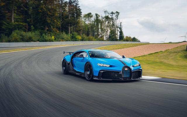 Premiers trajets en Bugatti Chiron Pur Sport 49-03-pur-sport-first-drives-bleu-agile