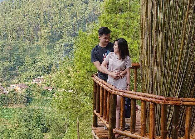 Spot Foto Goa Pinus Batu