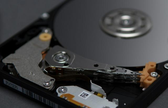 Toshiba L200 Laptop Internal Hard Drive 6