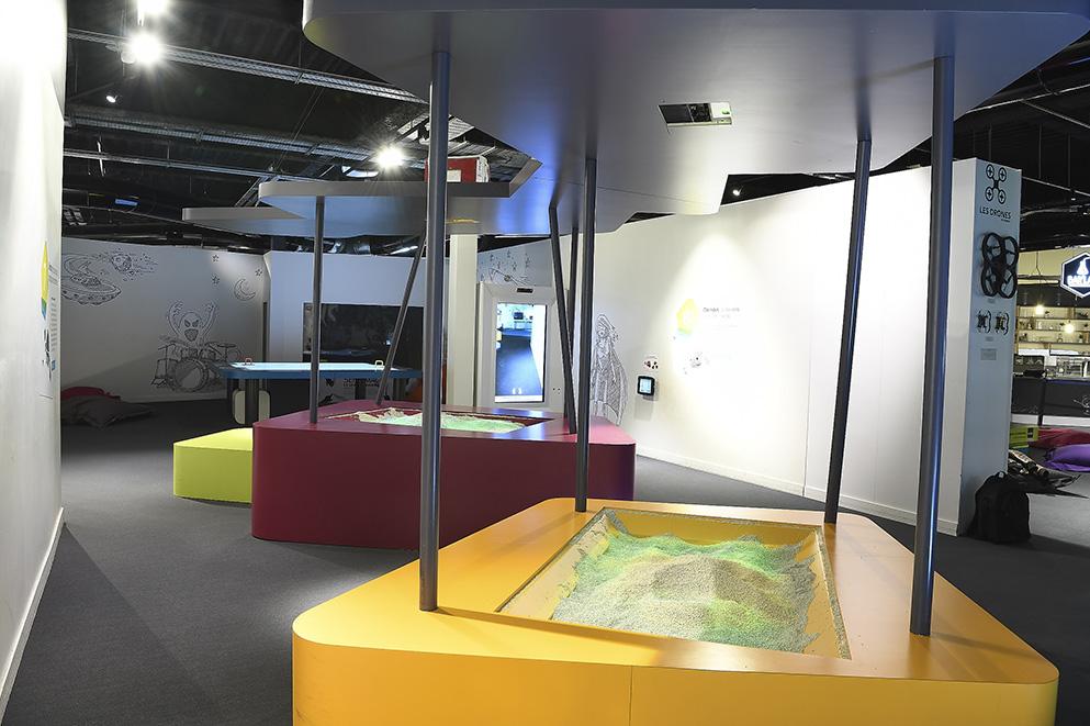 Futur l'expo (pavillon Images Studio) · 2015-2019 - Page 23 Futur-expo-1