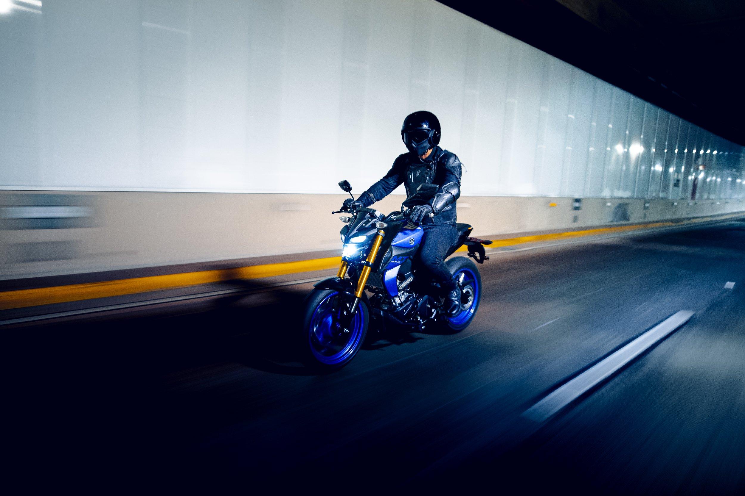 Yamaha-23