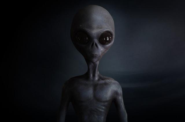 et-alien-aliens.jpg