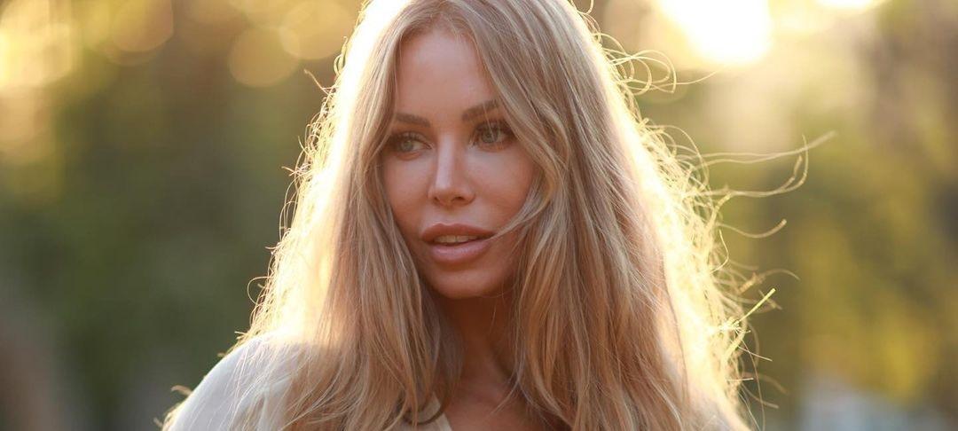 Nicole-Aniston-Wallpapers-Insta-Fit-Bio-17