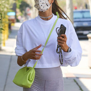 Alessandra-Ambrosio-Cameltoe-seen-after-the-gym-in-Brentwood-8-1024x1536