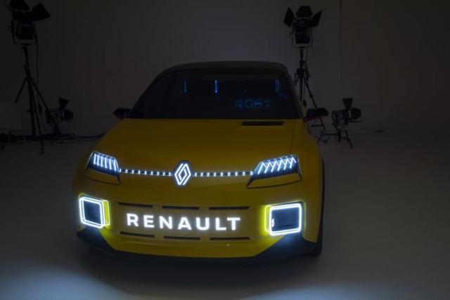 2021 - [Renault] 5 E-Tech - Page 7 83-AF5089-50-B0-4-D00-BEAF-B5-CD45-AB17-A6