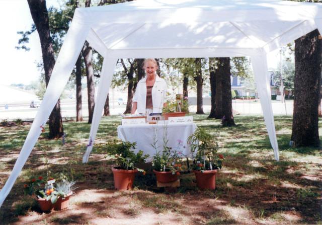 Arlington-Council-of-Garden-Clubs-Standard-Flower-Show-4-27-2001-Cheryl-Taylor-West-02.jpg