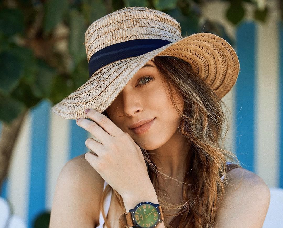 Lauren-Summer-Wallpapers-Insta-Fit-Bio-11
