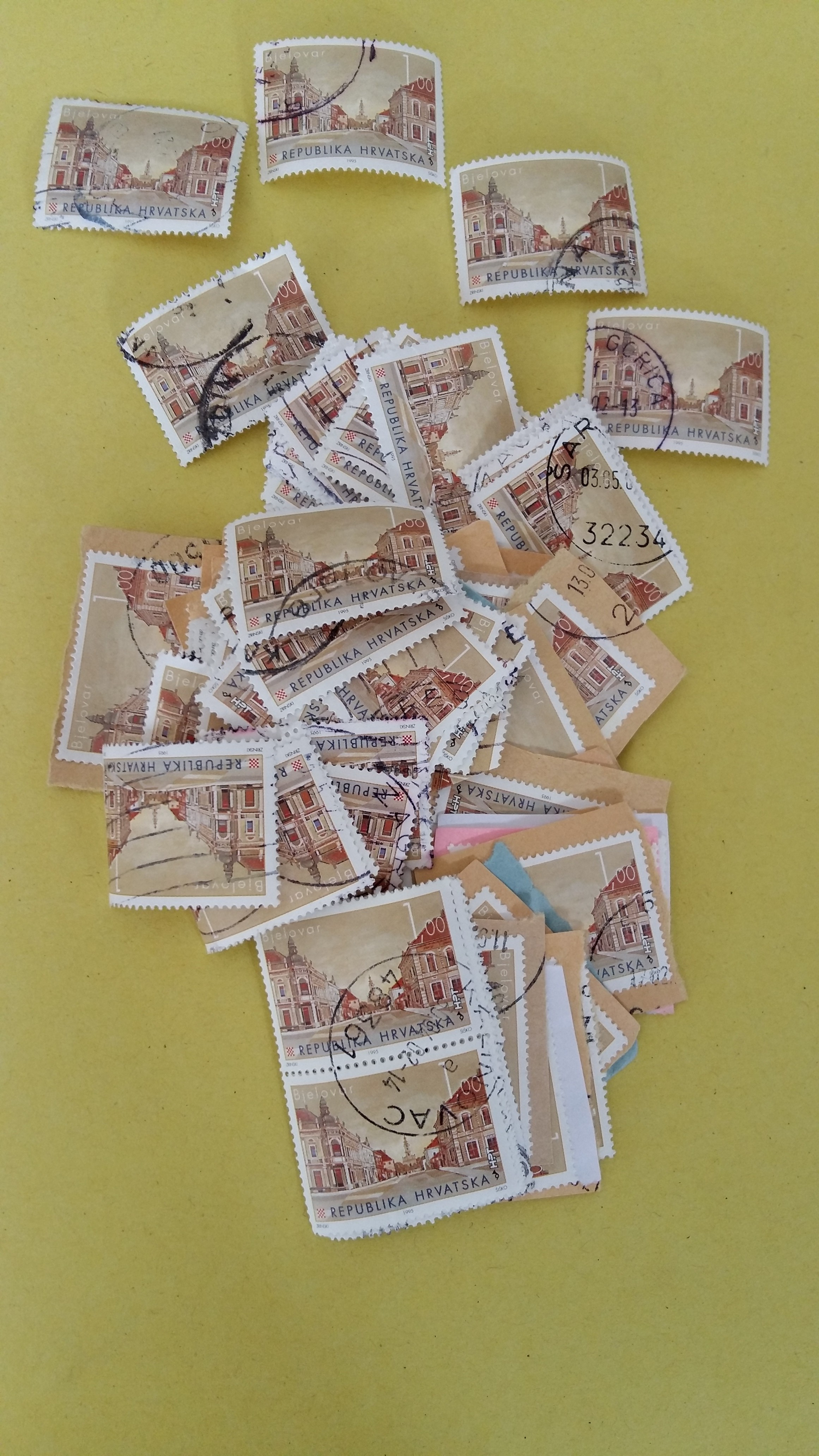 Croatia double stamps 20190928-135259