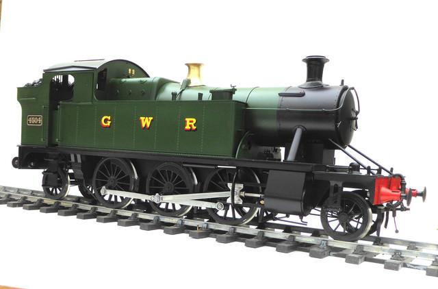 P1090668-B-2