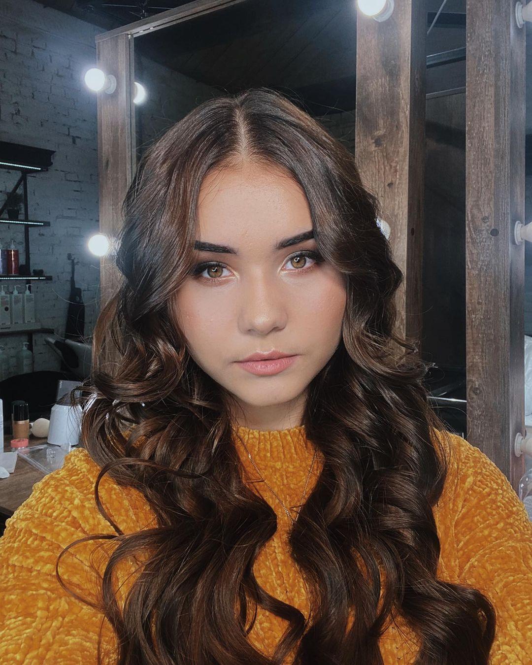 Katya-Golysheva-Wallpapers-Insta-Fit-Bio-9