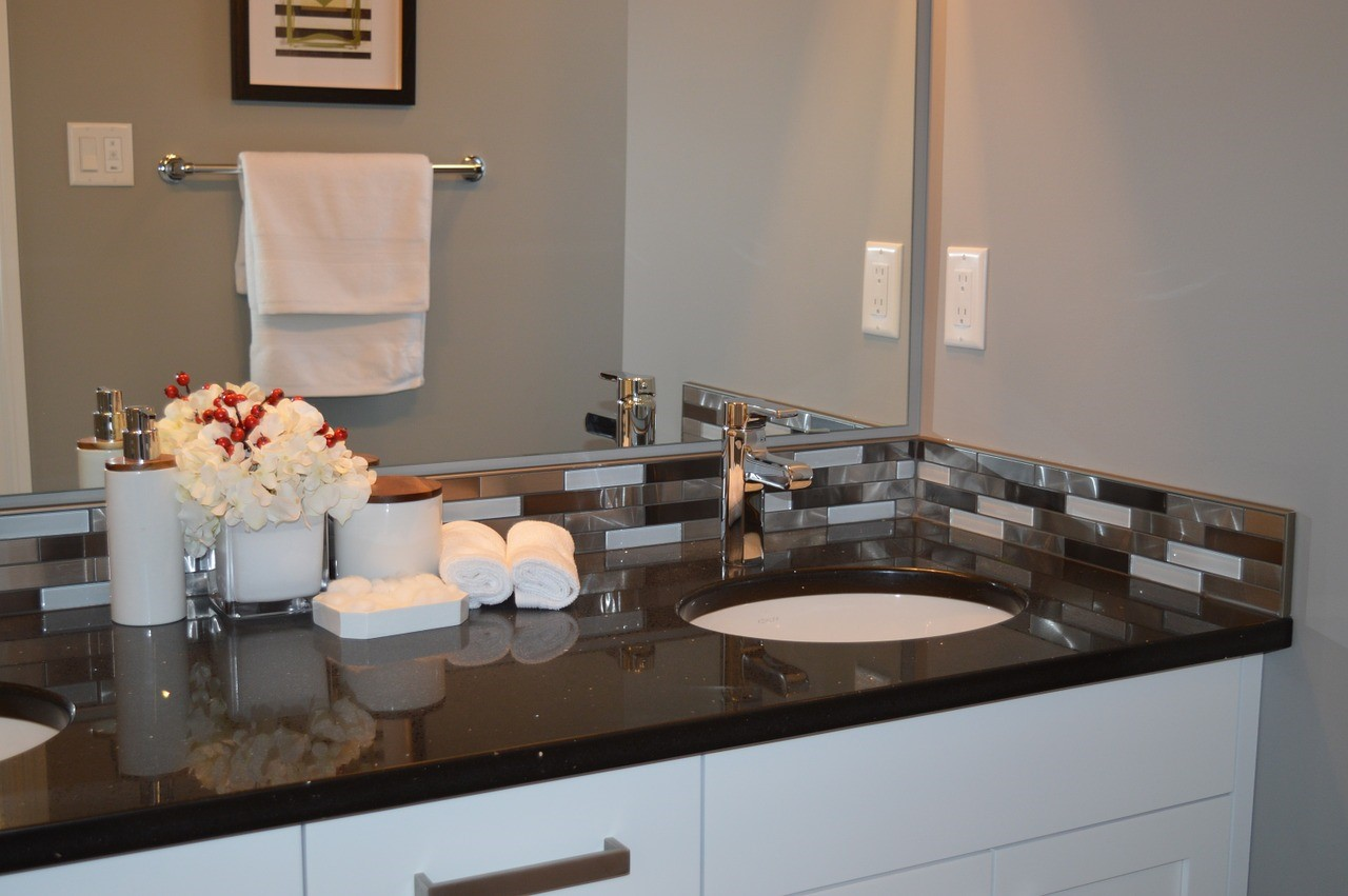 How Wall Hung Vanities Differ From Traditional Vanities?