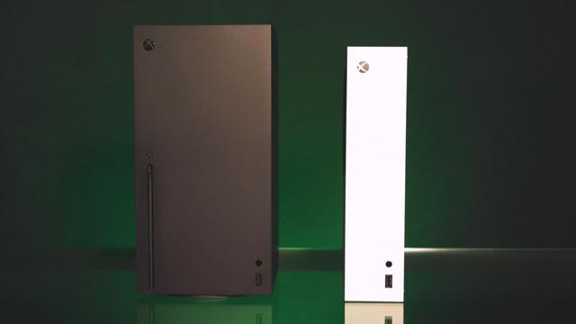 Xbox Series X和Xbox Series S等比例模型展示 Image