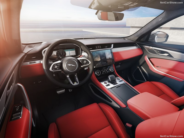 2015 - [Jaguar] F-Pace - Page 16 FACC1523-5-A43-4-F9-B-9820-D6-F34-A472481