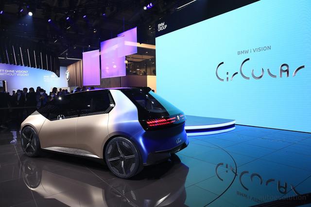 2021 - [BMW] Vision Circular  - Page 2 5-C0-F5470-1-E4-B-42-D1-B4-FB-F2144-EFFFA4-D